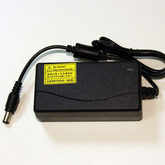 "[031]  Блок питания импульсный 10V-1,9A (1,2х6,0мм (внутри ""pin"",""Netbook""), корпус под шнур (№45)"